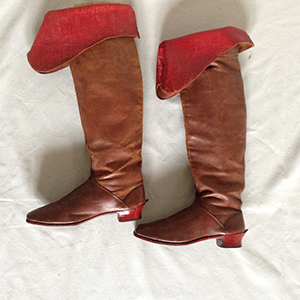 Leather Boots 17th style